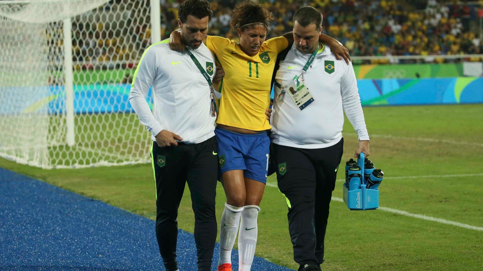 Cristiane sente a posterior da coxa e deve desfalcar seleção brasileira