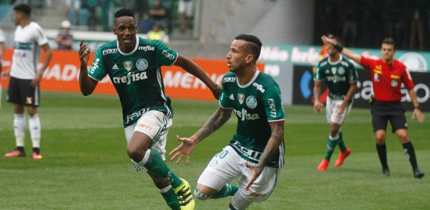 Leandro Pereira defendeu o trabalho de Cuca neste Campeonato Brasileiro - Rubens Cavallari/Folhapress