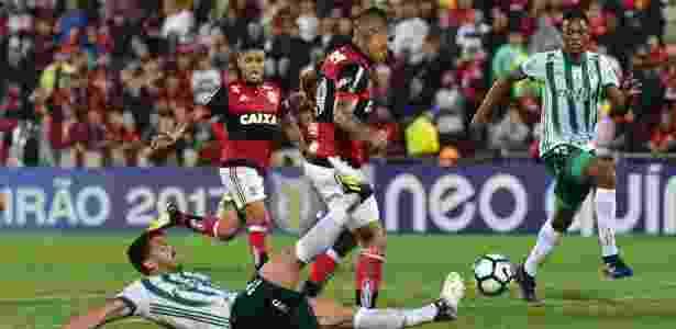 Guerrero anotou o segundo gol flamenguista na Ilha do Urubu - Thiago Ribeiro/AGIF