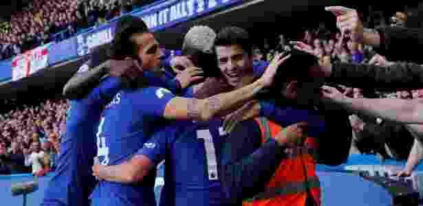 Steward se junta a comemoração do Gol do Chelsea - REUTERS/Eddie Keogh