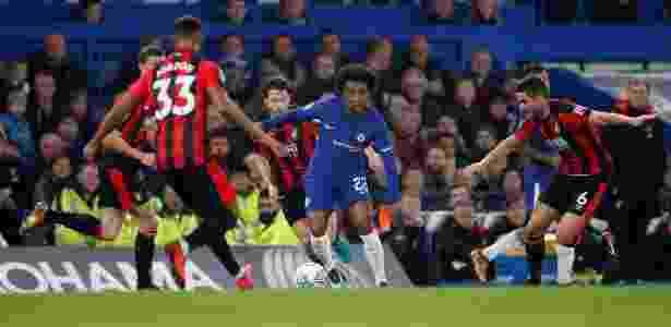 O brasileiro Willian fez gol na vitória do Chelsea sobre o Bournemouth, nesta quarta-feira - Eddie Keogh/Reuters