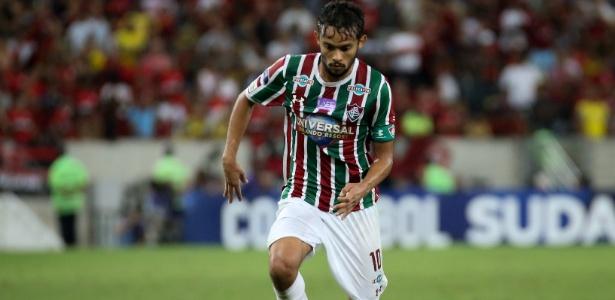 Gustavo Scarpa em ação pelo Fluminense
