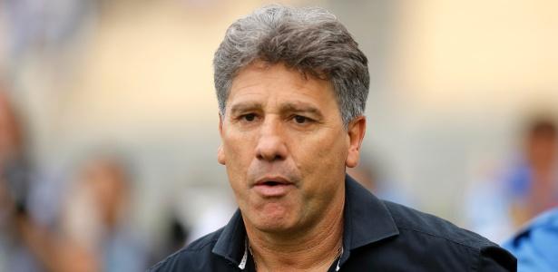 Renato teve novo encontro com presidente do Grêmio e prometeu resposta rápida - Daniel Vorley/AGIF