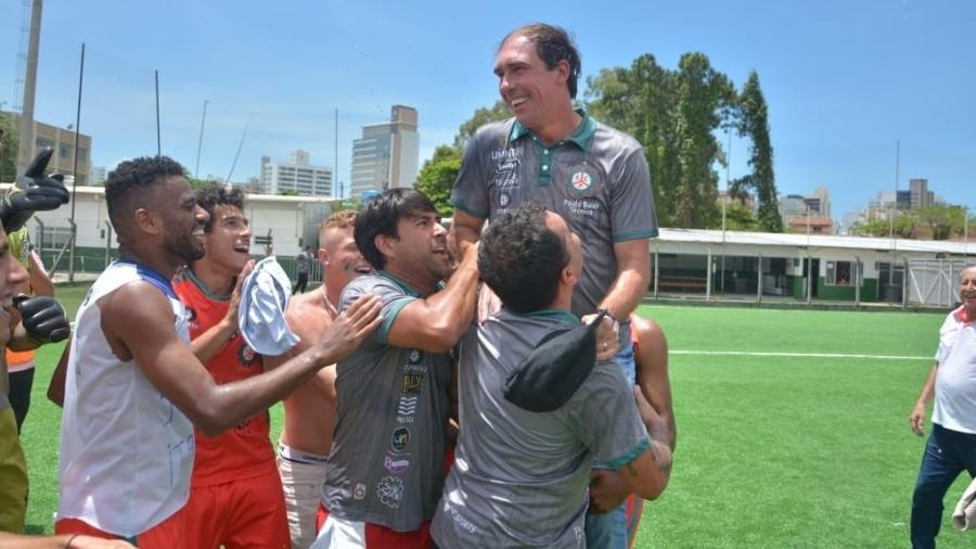 Paulo Baier foi anunciado como técnico do Criciúma - Lucas Colombo/MC10