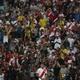 Um terço dos torcedores de Peru x Bolívia não pagaram ingresso no Maracanã