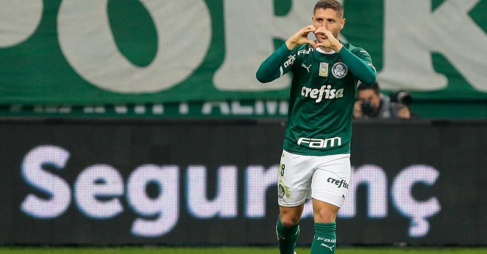 Zé Rafael comemora após abrir o placar para o Palmeiras contra o Internacional pela Copa do Brasil