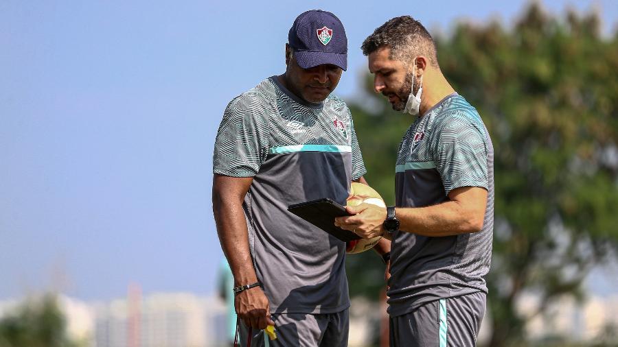 "Roger Machado tem problemas no meio de campo do Fluminense para ""decisões"" no Carioca e Libertadores - Lucas Mercon/Fluminense FC"