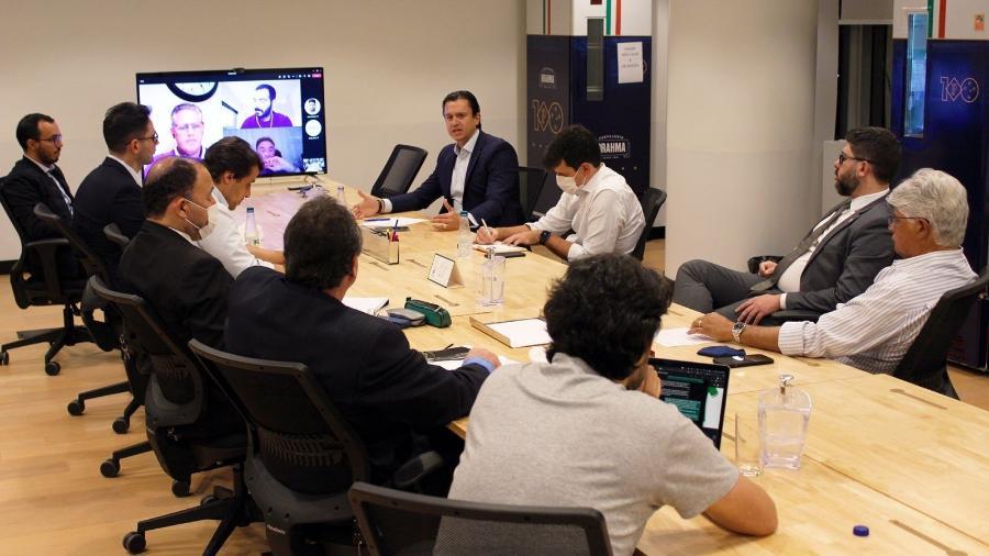 Reunião entre membros da diretoria do Cruzeiro e empresários tratou do tema clube-empresa - Divulgação/Cruzeiro