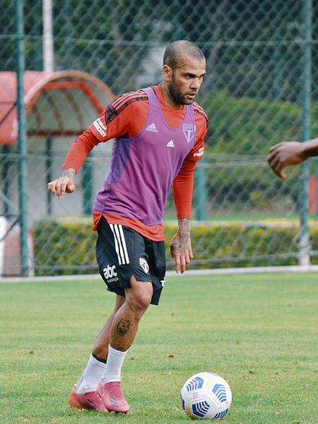Daniel Alves, durante treino do São Paulo após lesão - Erico Leonan/São Paulo FC
