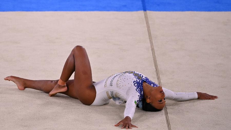 Rebeca Andrade em apresentação no solo durante as Olimpíadas de Tóquio - Dylan Martinez/Reuters