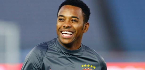 Robinho teve passagem apagada pelo Guangzhou Evergrande, da China, e pode acertar com o Atlético-MG