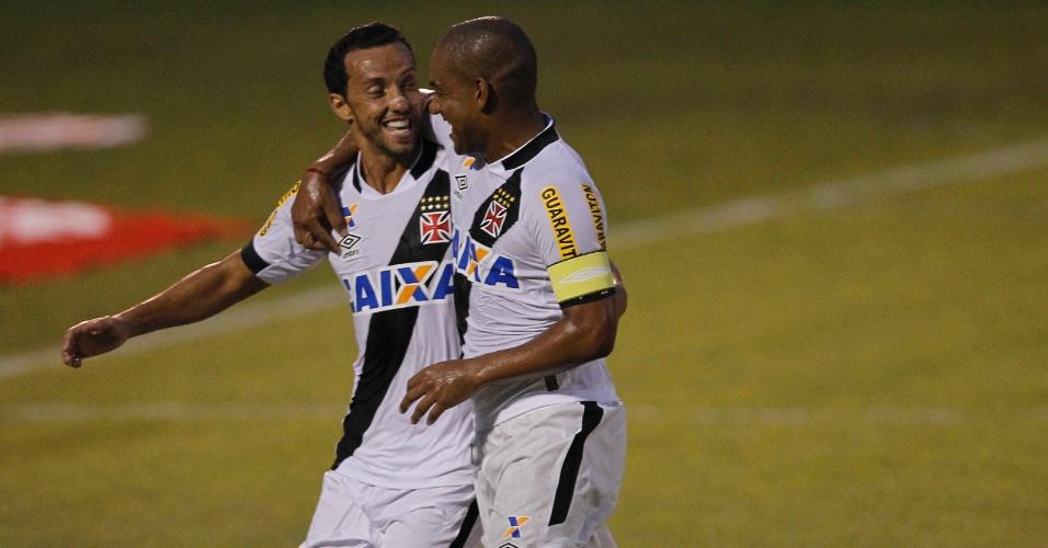 Nenê comemora gol do Vasco contra o América, pelo Campeonato Carioca