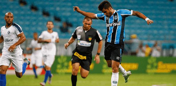 Henrique Almeida receberá sequência de oportunidades do Grêmio para crescer - Lucas Uebel/Divulgação/Grêmio