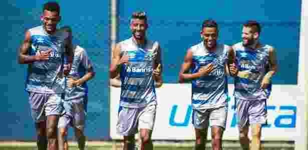 Grêmio viaja de voo fretado e tem apenas dois jogadores vetados pelos médicos - LUCAS UEBEL/GREMIO FBPA