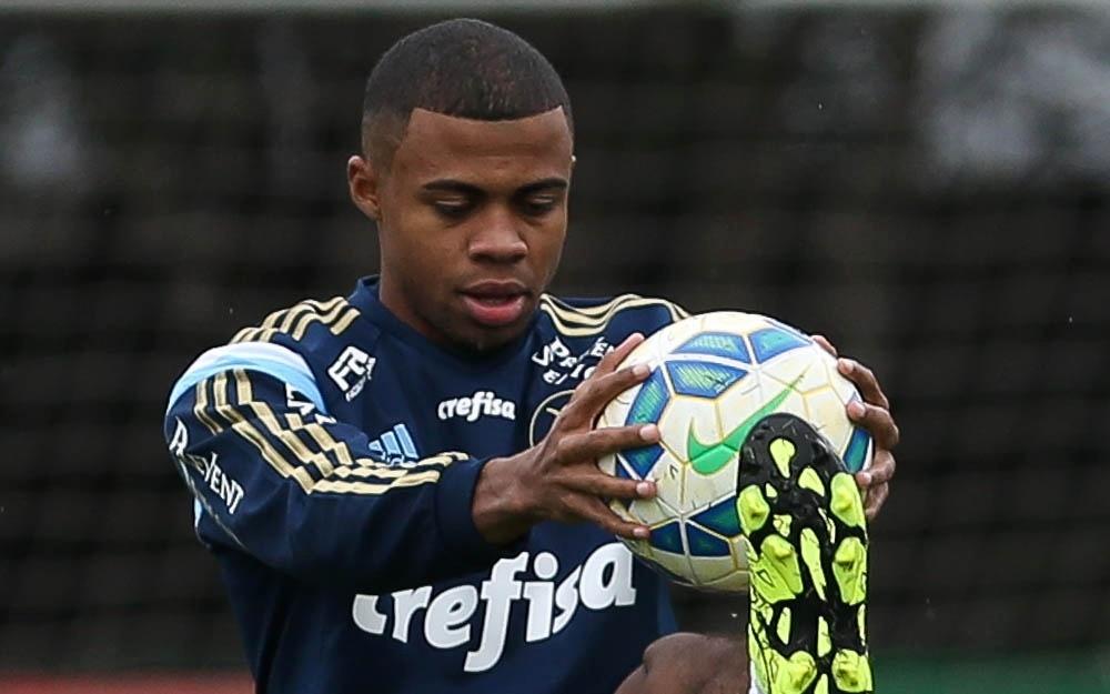 Lucas Taylor Palmeiras