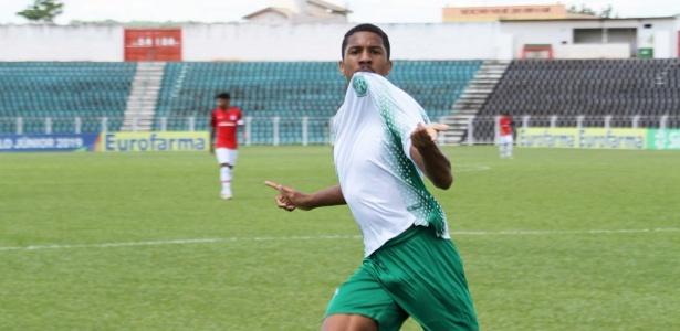 Atacante marcou quatro vezes na vitória bugrina por 5 a 0 sobre o Inter - @oficialguarani/Twitter