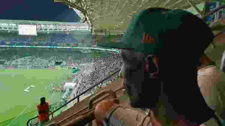 Fábio, morador de rua que torce para o Palmeiras, conheceu o Allianz Parque - Bruno Grossi/UOL Esporte - Bruno Grossi/UOL Esporte
