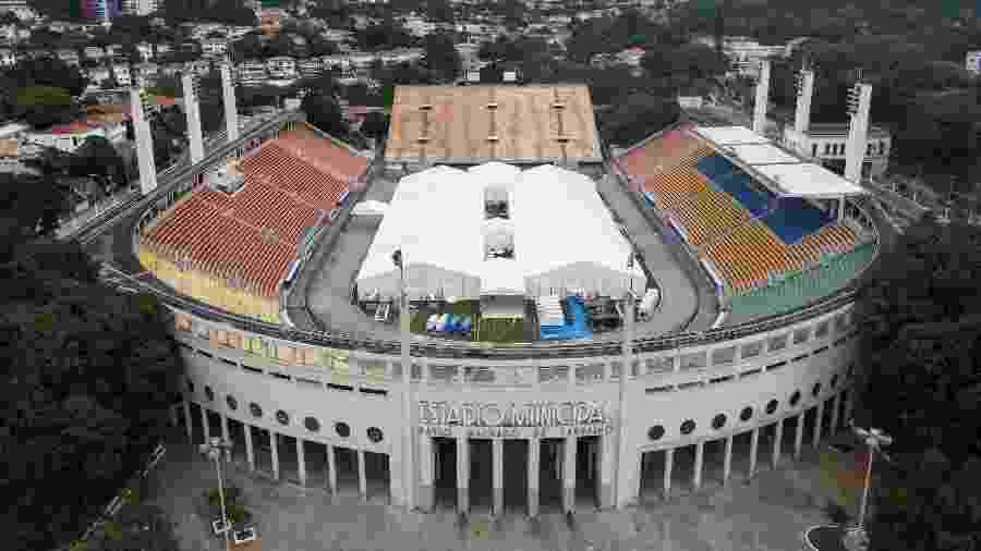 Hospital de campanha montado no estádio do Pacaembu para atender casos de covid-19: desmobilização após quase três meses - Marcello Zambrana/AGIF
