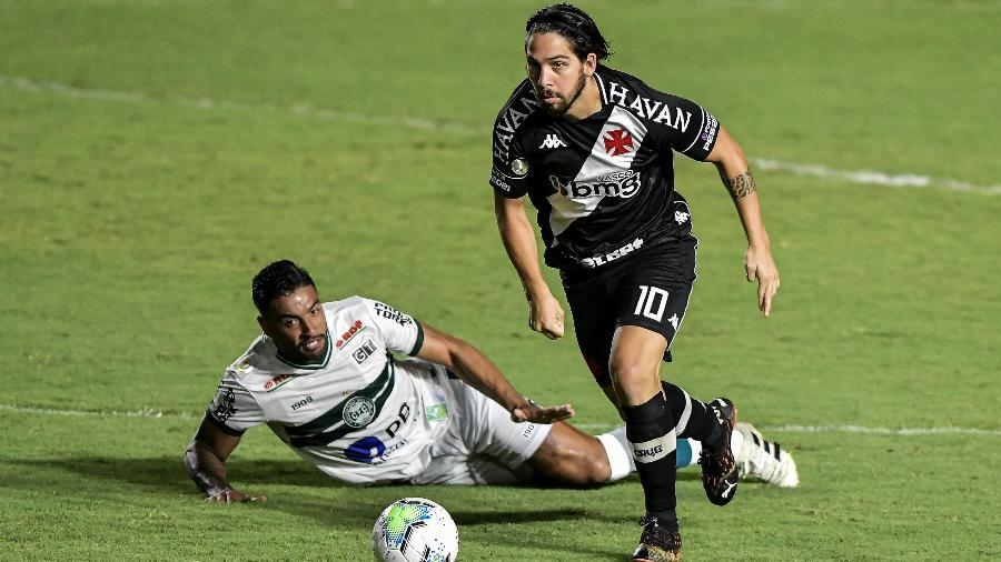 Benítez em seu retorno ao Vasco após renovação de empréstimo junto ao Independiente, no jogo contra o Coritiba - Thiago Ribeiro/AGIF