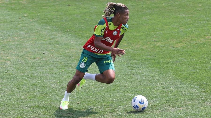 Danilo, volante do Palmeiras, ainda não treinou nesta semana - Cesar Greco
