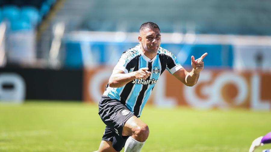 Diego Souza comemora gol do Grêmio contra o Ceará, na Arena, pelo Brasileiro - Lucas Uebel/Grêmio