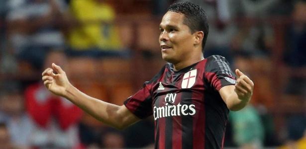 Hat-trick do colombiano ajudou o Milan a começar bem no Italiano