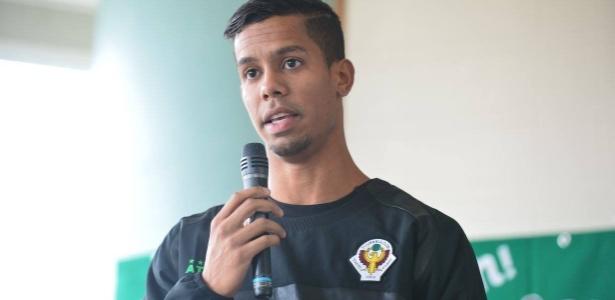 Douglas Vieira treinou com o Ceará, mas optou por atuar pelo Verdy Tokyo