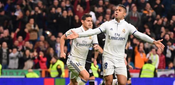 Mariano (camisa 18) estaria na mira de clubes como Sevilla e Espanyol - Pierre-Philippe Marcou/AFP Photo