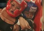 Menina de 12 anos nocauteia mulher de 24 com mata-leão em MMA no Japão - Reprodução