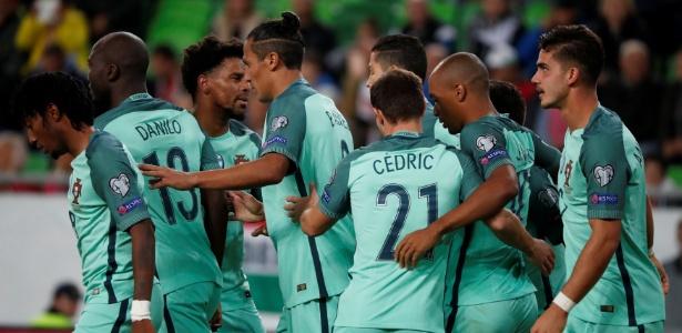 Portugal bate Hungria em jogo duro e mantém caça à Suíça nas Eliminatórias 4db01bc07d547