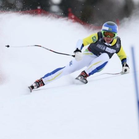 O esquiador brasileiro Michel Macedo  - Arnt Folvik for YIS/IOC