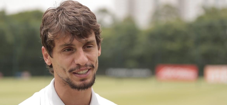 Rodrigo Caio defenderá o São Paulo contra o Atlético-PR - Marcio Komesu/UOL Esporte