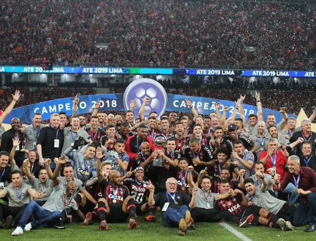 Elenco campeão em 2018 começa a ser modificado: saídas e renovações - Divulgação/Twitter/AtléticoPR
