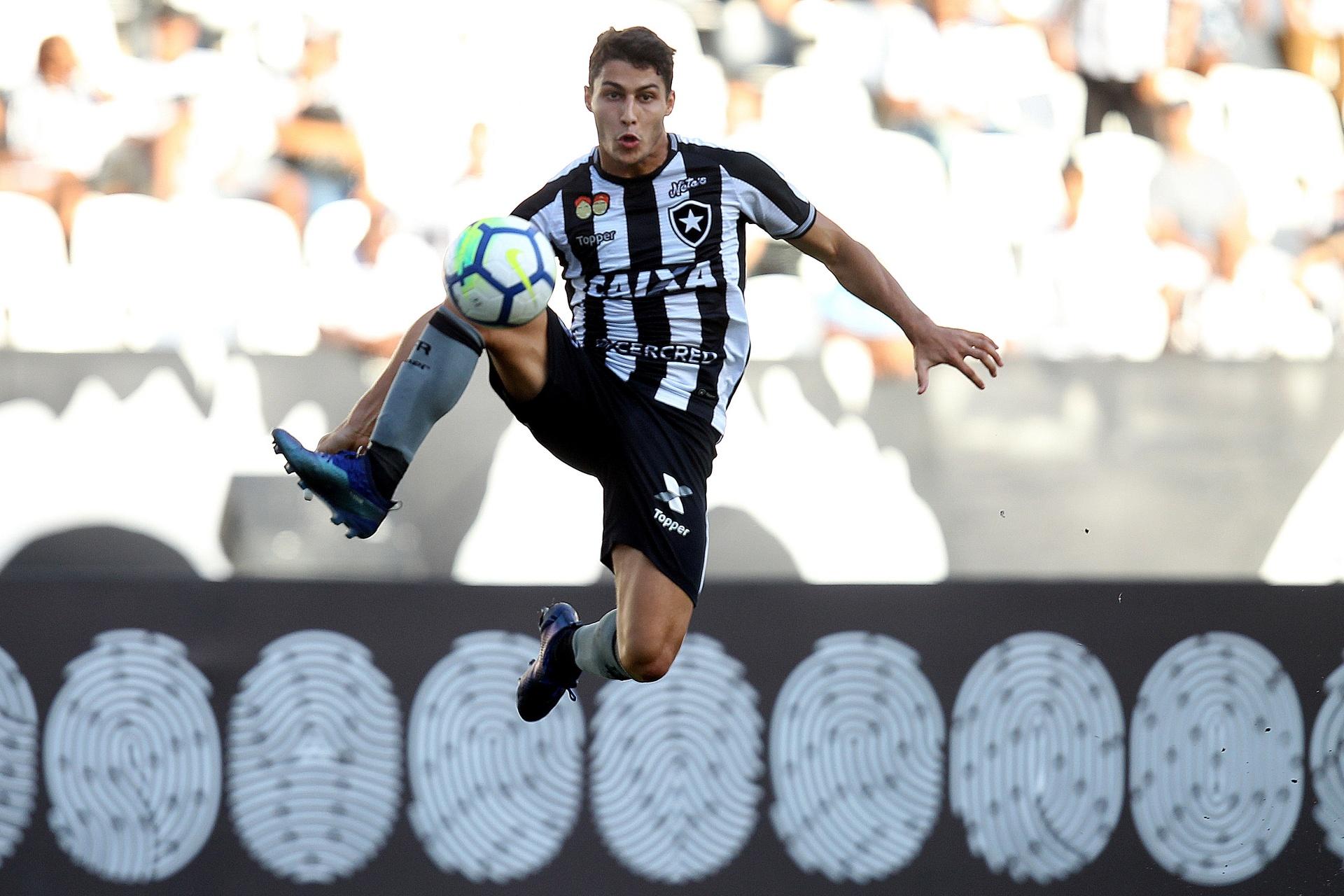 Botafogo não vende para exterior e pode virar