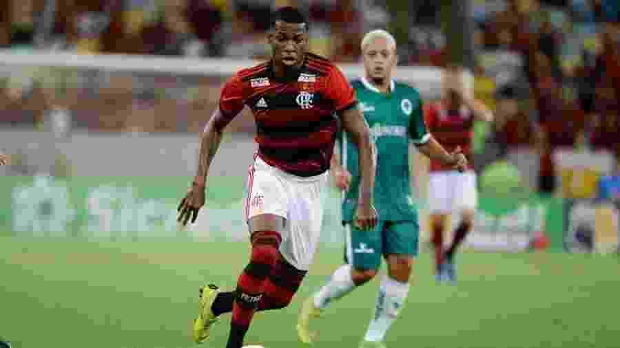 Alexandre Vidal   Flamengo a64a12df28701