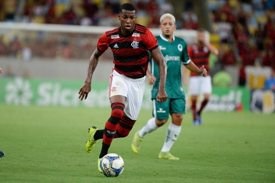 Jean Lucas tem multa no valor de 30 milhões de euros e ainda é uma aposta do Flamengo