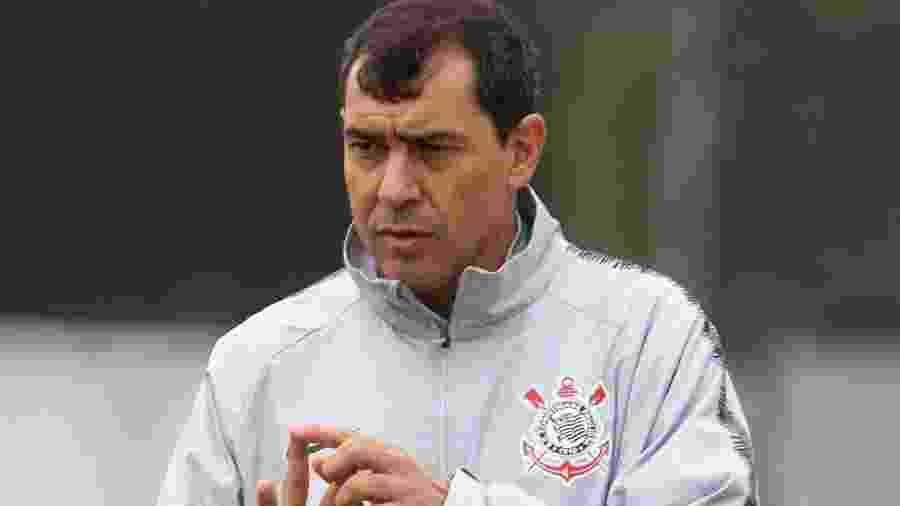 Técnico Fábio Carille comanda Corinthians somente com reservas no CT Joaquim Grava - Daniel Augusto Jr/Ag. Corinthians