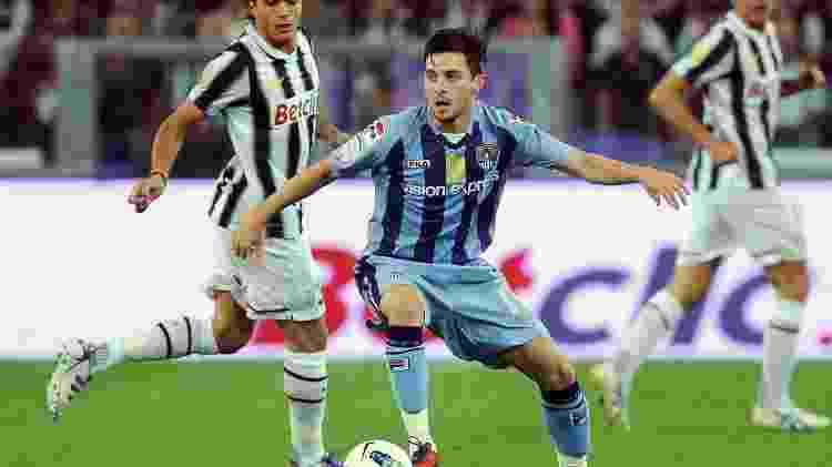 Juventus e Notts County têm boas relações desde 1903, quando clube inglês forneceu camisas alvinegras para a equipe italiana; na imagem, os dois times se enfrentam em amistoso em 2011 - Valerio Pennicino/Getty Images