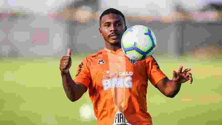 Marquinhos é o escolhido de Vagner Mancini para a vaga de Rómulo Otero no Atlético-MG - Bruno Cantini/Divulgação/Atlético-MG