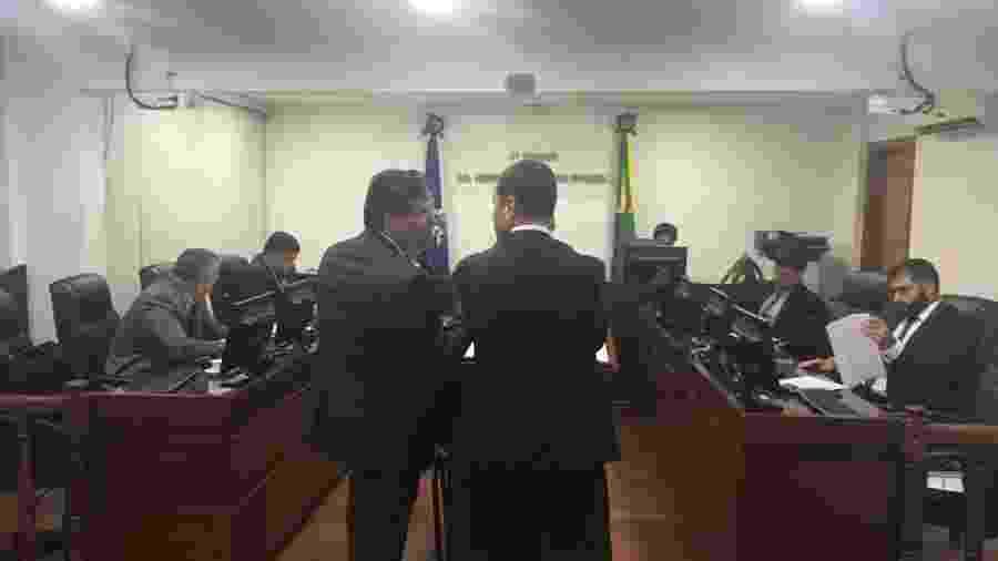 Advogados de Flamengo e Fluminense em julgamento no TJD - Caio Blois / UOL Esporte