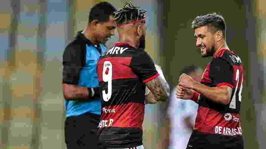 Arrascaeta, do Flamengo, comemora gol contra o Bangu, pelo Carioca. Transmissão do Carioca está em questão - Thiago Ribeiro/AGIF