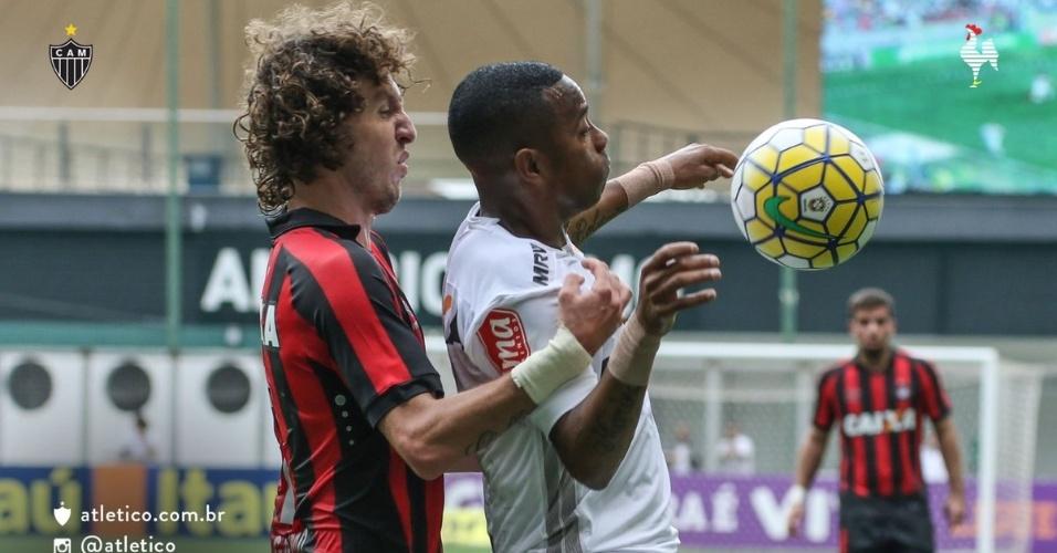 Robinho fez mais uma boa partida pelo Atlético-MG. Desta vez contra o Atlético-PR