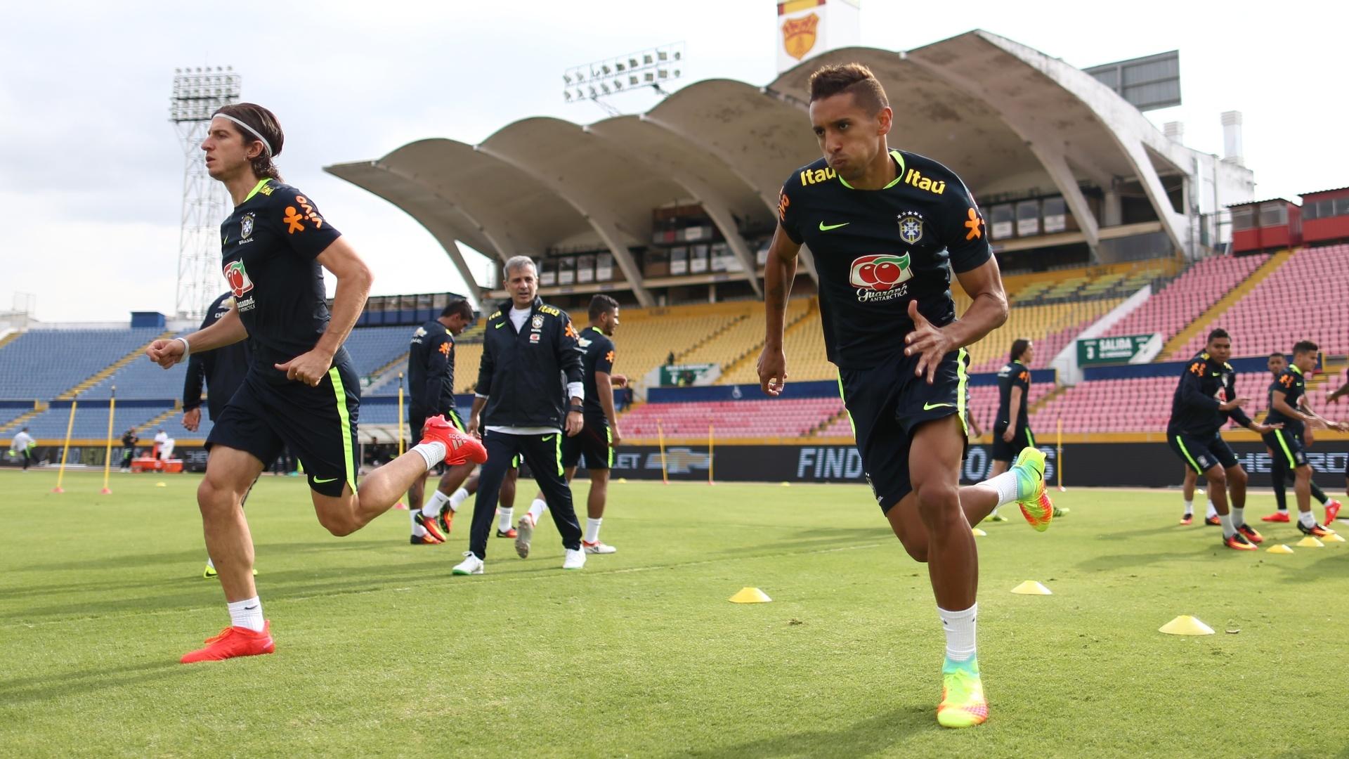Marquinhos participa do treino da seleção brasileira