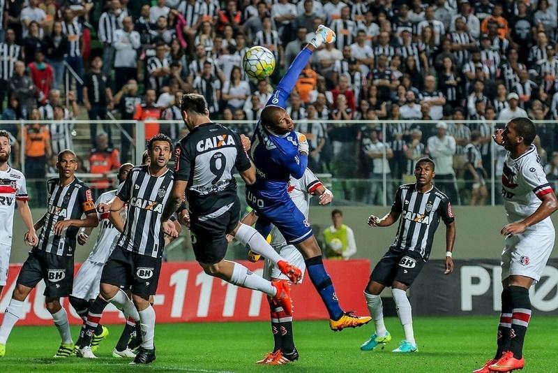 Dupla formada por Fred e Pratto tem média de um gol a cada 211 minutos jogados