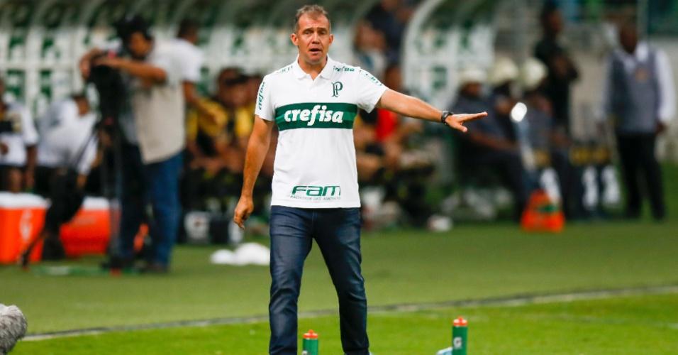 Eduardo Baptista comanda o Palmeiras contra o São Bernardo