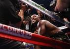 """Mayweather dá aula para """"amador"""" em ato final e boxe respira. Mas e agora? - Steve Marcus/Reuters"""