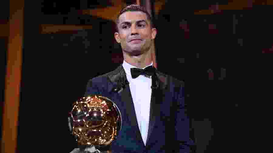 """Cristiano Ronaldo é detentor de cinco Bolas de Ouro - Franck Faugere/L""""Equipe/AFP"""