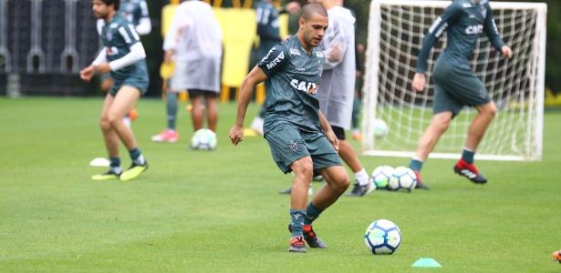Clayton, atacante do Atlético-MG, acertou mudança para o Bahia. Ele será emprestado ao clube