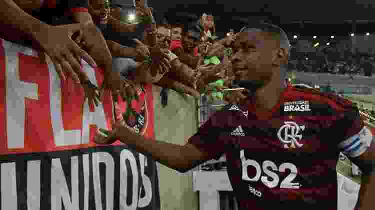Juan se despediu do futebol com a camisa do Flamengo - Thiago Ribeiro/AGIF - Thiago Ribeiro/AGIF
