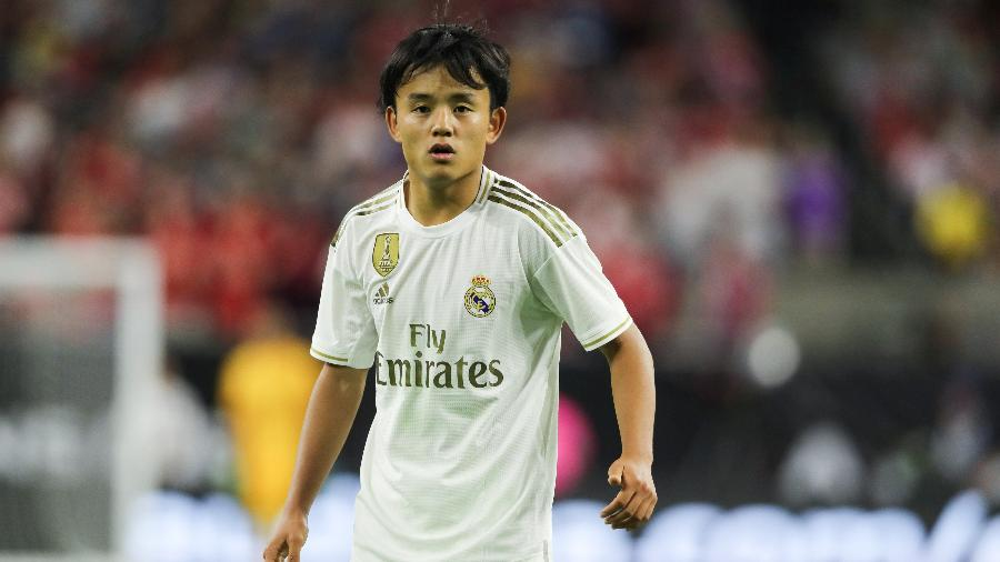 Takefusa Kubo em ação com a camisa do Real Madrid. Jogador pode ir para o PSG - Matthew Ashton/Getty Images